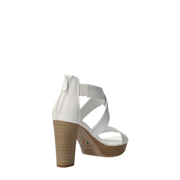 Nero Giardini Shoes Women With heel White E012210D